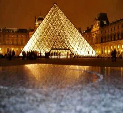 MUSEU DO LOUVRE - TURISMO